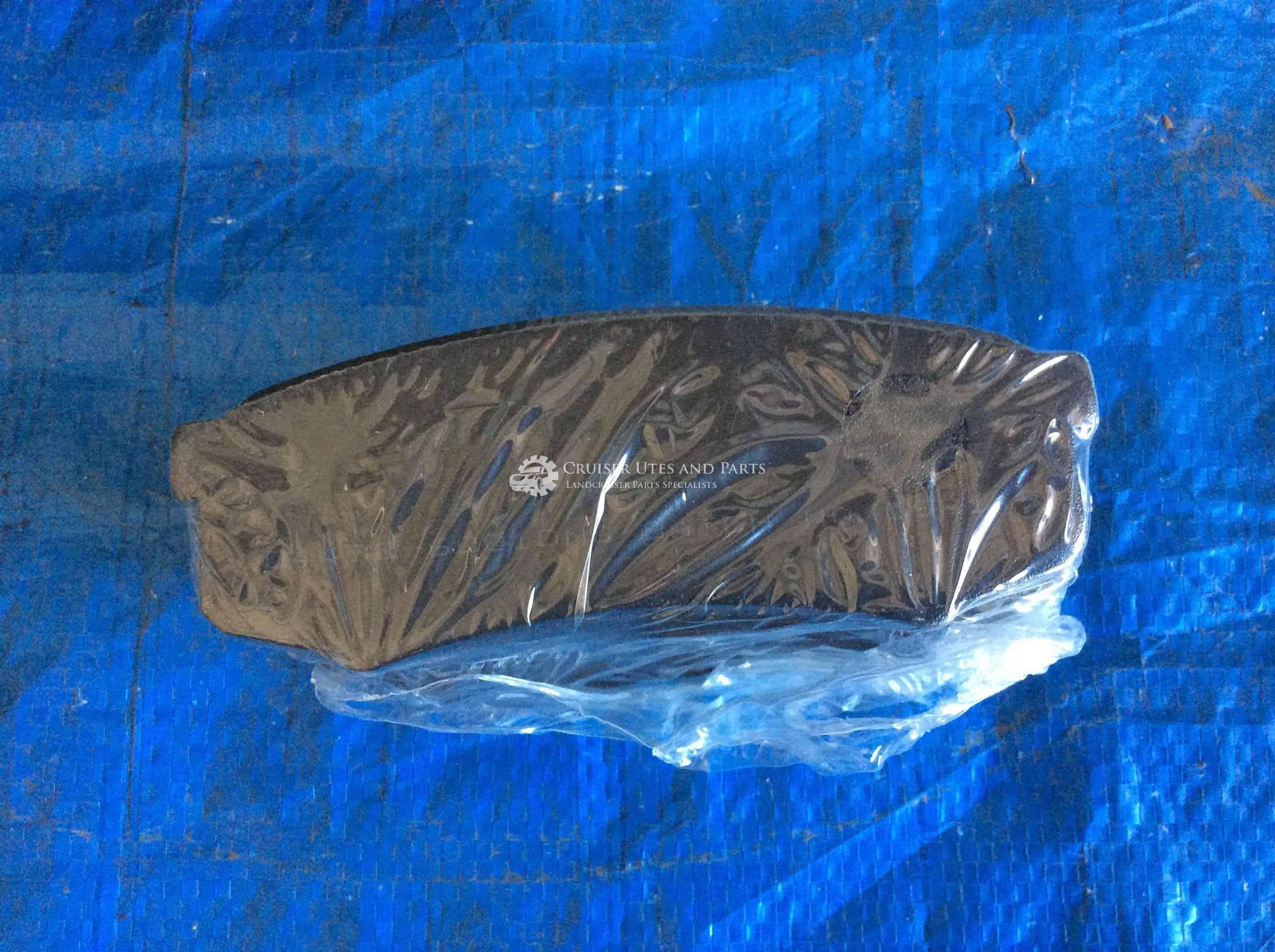 Rear Disc Brake Pads suitable for Toyota Landcruiser 70 80 100 Series Prado  04492-60010